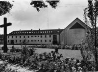 1_Kloster_Gartenseite